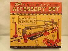 O Marx #0430 railroad accessory set in original box