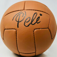 Pele Autographed Vintage Soccer Ball Brazil Signed - PSA/DNA ITP COA