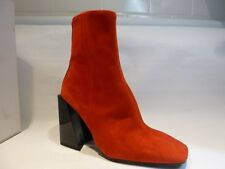 L'intervalle Ankle Boots Spain Red Suede Chunky Black Heels Sz 37 (EU) 6.5 (USA)
