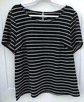 Roz & Ali Woman 1X Women's Black White Striped Short Sleeve Pullover Top Keyhole