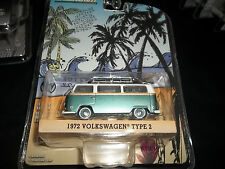 GREENLIGHT 1/64 HOBBY EXCLUSIVE 1972 VW VOLKSWAGEN TYPE 2 WITH SURF BOARD