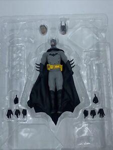 Noir Toyz 1/12 3901 - Gotham Gaslight Batman Figure Only Mezco US Seller *READ*
