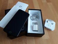Apple iPhone 7 in Diamantschwarz / jet black 128GB simlockfrei + iCloudfrei !
