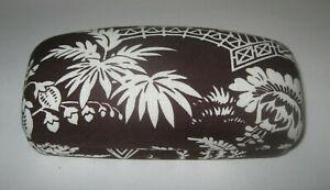 VERA BRADLEY Hard Clam Shell Eyeglass Sunglass Case Brown/White Asian Design
