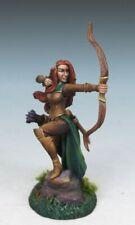 DARK SWORD MINIATURES - DSM7450 Female Elven Ranger w/Bow