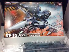 "Hasegawa Macross MC03 VF-1S/A STRIKE / SUPER VALKYRIE ""SKULL SQUADRON"" 1/48"
