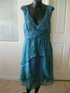 Ladies Green Floral EMERGE Dress Size 10 - BRAND NEW