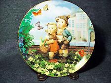 """M.J. Hummel Little Companions Collector Plate """"Surprise"""" Mint 1990 Mib Danbury"""