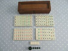 VINTAGE MAH JONG SET / GAME WITH 148 BONE & BAMBOO TILES + WIND COUNTERS