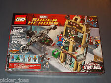 2013 LEGO ULTIMATE SPIDER-MAN 76005 DAILY BUGLE SHOWDOWN 476pcs NOVA & DR. DOOM