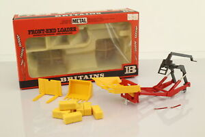 Britains 9574; Tractor Front Loader; Bales, Bucket & Fork Lift; Very Good Boxed