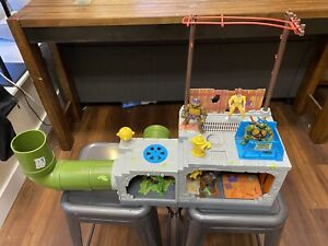 Vtg 1989 Sewer Playset w/Turtle Crew Teenage Mutant Ninja Turtles TMNT