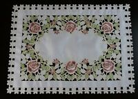 Embroidery Cutwork Rose Embroidered Lace Polyester Placemats Table Runner White