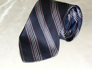 MEN'S BROOKS BROTHERS STAIN RESISTANT NECK SIK TIE