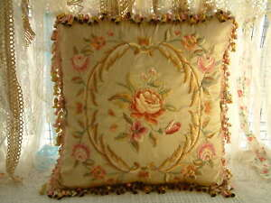 """16""""Vintage French Aubusson Design Beautiful Floral Rose Swirls Embroidery Pillow"""