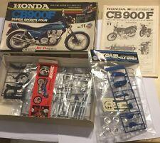 Honda CBR900F vintage Union Riko BCR Replica 1:15 Model Kit-ONU construit complet