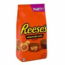 Reeses Peanut Butter Cups Miniatures Milk Chocolate 35.6 oz. Party Pack Bulk Bag