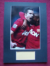 MANCHESTER UNITED ROBIN VAN PERSIE GENUINE SIGNED A3 MOUNTED PHOTO DISPLAY - COA