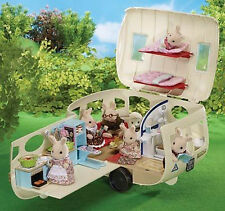 NEW SYLVANIAN FAMILIES 4867 White Caravan - over 30 accessories included
