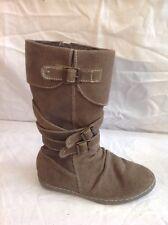 Girls Vertbaudet Brown Suede Boots Size 34