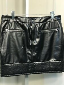 Victoria's Secret Womens SZ 2 Black Faux Leather Short Front Zip Lined Skirt New