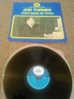 JOE TURNER - JOE'S BACK IN TOWN LP / ORIGINAL FRENCH BLACK AND BLUE 33.064