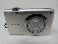 Nikon COOLPIX S3000 12.0MP Digital Camera-Silver-Used