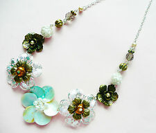 Very Detailed Multi Layer Flowers Accessorize Silver Necklace_Flower Design With