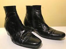 Pierre Cardin Black Leather Cuban Heel Chelsea Style boots  7 / 41