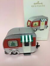 Hallmark 2012- HAPPY CAMPERS RV - Special Lighting Effect - NEW MIB