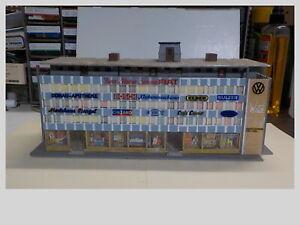 HO Built Kibri 5 Story Shopping & Office Building Kit #8200