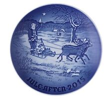 Royal Copenhagen Bing & Grondahl 2015 Annual Christmas Plate Santa's Presents