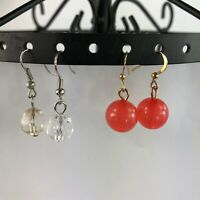 A lot of 2 pairs of earrings, Drop earrings 1 pair of pink 1 pair of clear round