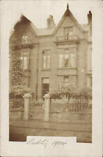 Swansea posted Nadolig 1904. Card sent by Dr & Mrs Rhys-Davies.