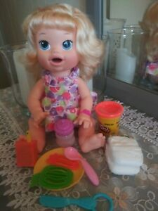 Baby Alive Doll SNACKIN Sara  English  Spanish TALKS Pacfier & accessories