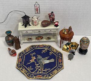 Vintage Artisan Asian Décor Rug Light Cloisonné Vases Dollhouse Miniature 1:12