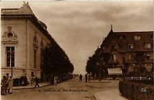 CPA   Deauville -  Rue Gontaut-Biron     (515704)