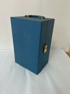 Vintage blue wooden wine box carry case for picnics or may the races?
