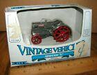 Case 1929 Model L Tractor 1:43 Ertl Toy #2554 Vintage Vehicles 1988 Die Cast NIB