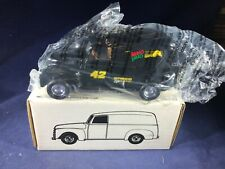 I1-48 ERTL 1:25 SCALE DIE CAST BANK - 1950 PANEL TRUCK - MELLOW YELLOW 42