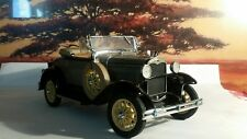 Danbury Mint 31 Ford Deluxe Roadster Model A 1/24 and COT