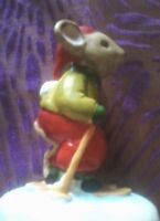 """Vintage Christmas Mouse Ceramic Figure 2""""x3"""" Skiing in Santa Hat Red Green"""