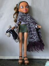 BRATZ DOLL GIRL BROWN HAIR PURPLE OUTFIT + SCARF