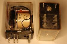 Relais Nr361  LUMEL RM-2 2Wechsler 24VVDC 1050 Ohm