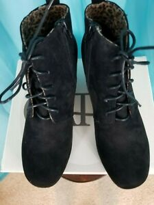 NIB Cato Ankle Faux Suede Wedge Boots Size 11