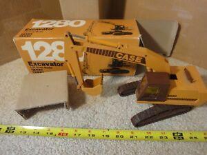 Vintage Case 1280 diecast excavator, backhoe, crane loader. Conrad 1/35 #2962