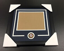 NEW YORK YANKEES Medallion Frame Kit 8x10 Photo Double Mat Horizontal