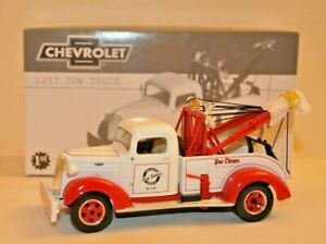 First Gear Collectible 1937 Chevy Tow Truck 1:30 Scale