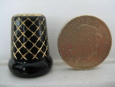 SUPERB FELIX MOREL THIMBLE  CRISS CROSS GOLD ON BLACK .