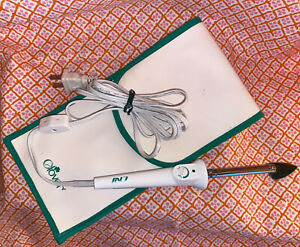 Clover mci-900 Mini Iron Works GREAT! No Stand Very Good Sewing Crafting Quilt